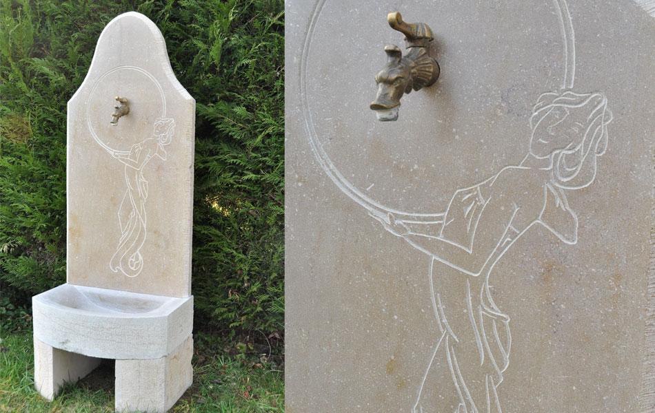Gravures sur fontaine sur pierre de Buxy - Art nouveau