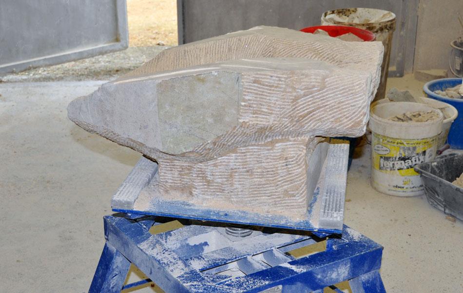 Sculpture en pierre de Massangis - Bourgogne sculpture