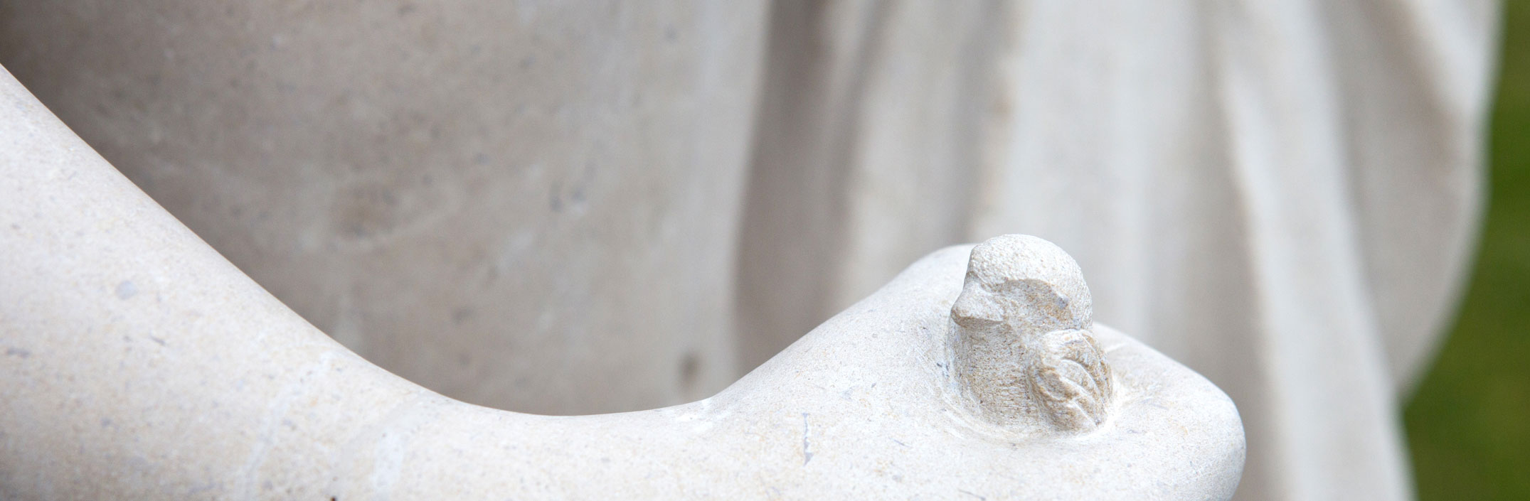 Bourgogne Sculpture Didier Ridet sculpteur sur pierre et marbre evier en pierre vasque en pierre