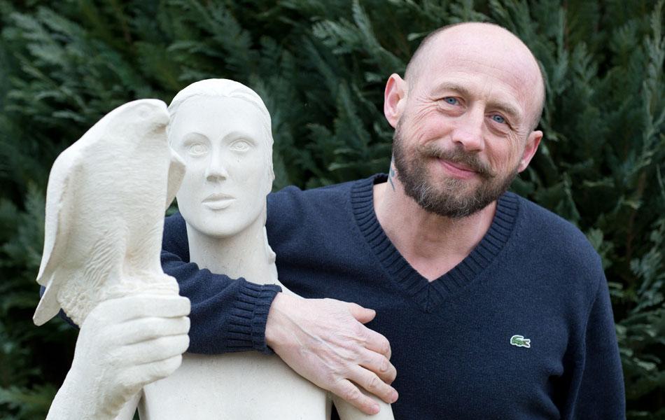 didier ridet artisan artiste sculpture sculpteur marbrier marbre bourgogne pierre statue evier funeraire fontaine banc  fenetre
