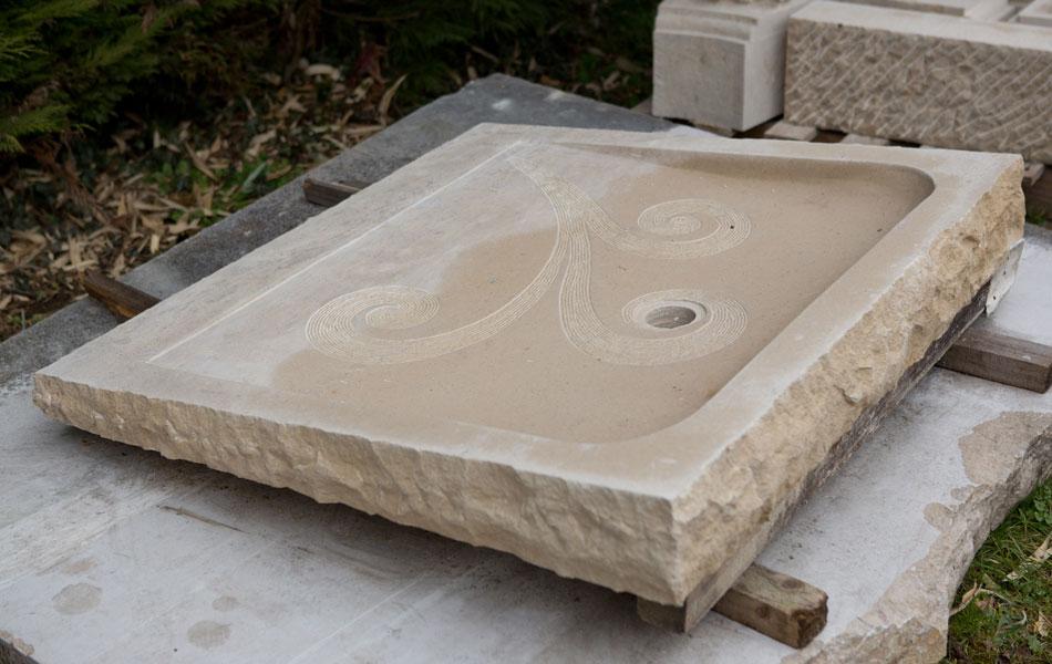 Bac à douche en pierre naturelle - Bourgogne sculpture