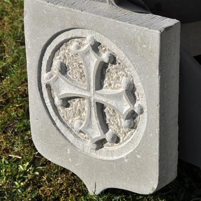 didier ridet artisan artiste sculpture sculpteur marbrier marbre bourgogne pierre statue evier funeraire fontaine banc  fenetre bac a douche cheminée