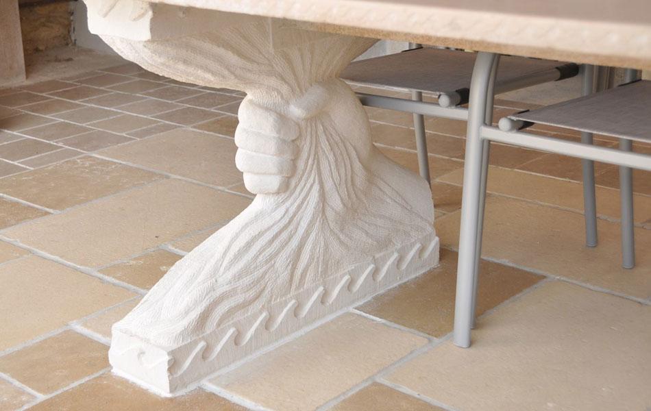Table en pierre de Lens et Comblanchien- Bourgogne sculpture